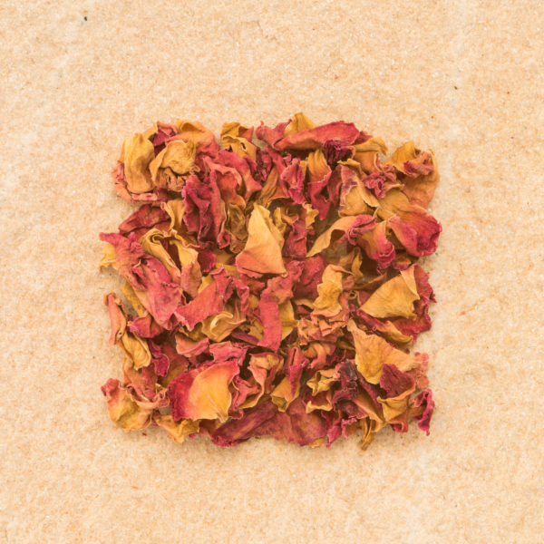 Rose petals red whole